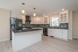 Seal Harbor Black & White Kitchen